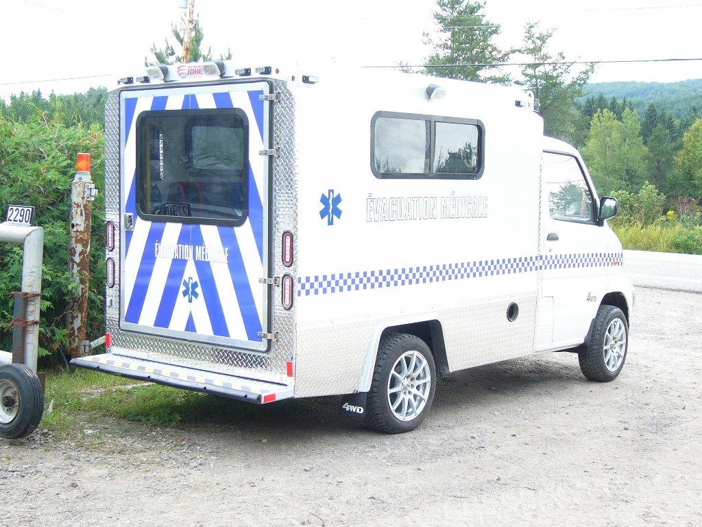 mini-ambulance 3
